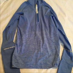 Lululemon Half Zip Pull Over